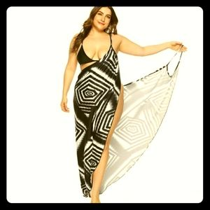 Plus Size Geometric Pattern Maxi Cover-up